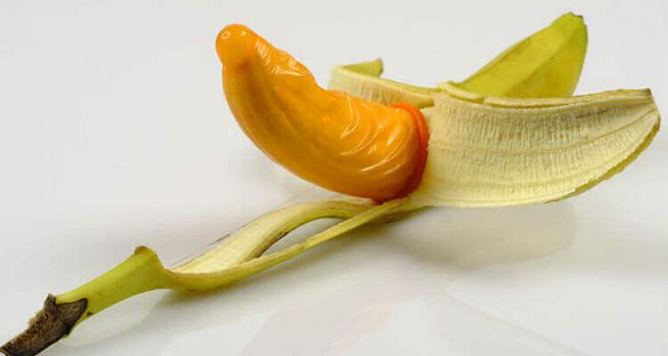 self-lubricating condoms